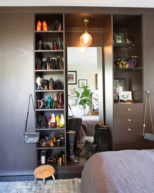 Bedroom storage.Source: http://www.apartmenttherapy.com/20-ways-to-organize-your-bedroom-closet-43236